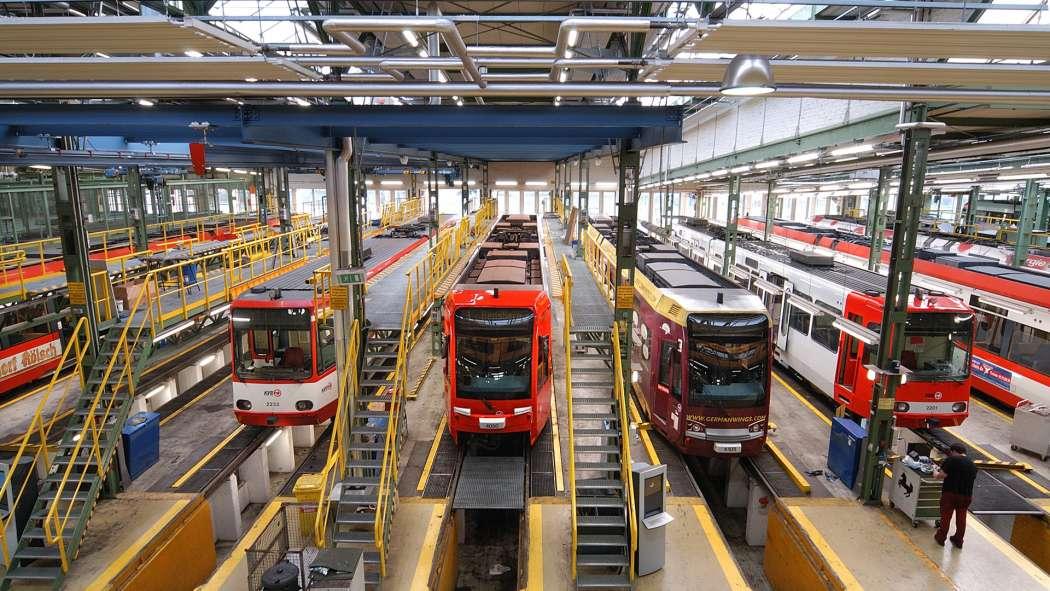 Wenn die Straßenbahnen und Busse wie hier in Köln wegen Warnstreiks in den Depots bleiben müssen, könnte das für eine größere Taxi-Nachfrage sorgen. (Foto: Kölner Verkehrs-Betriebe AG)