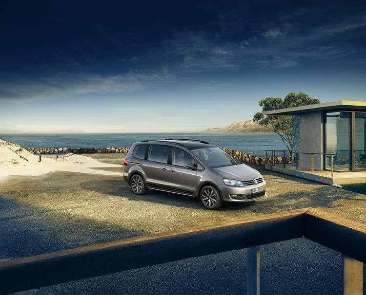 """Das Sondermodell """"Black Style"""" lässt sich nicht mit dem Taxi-Paket ab Werk kombinieren. (Foto: Volkswagen)"""